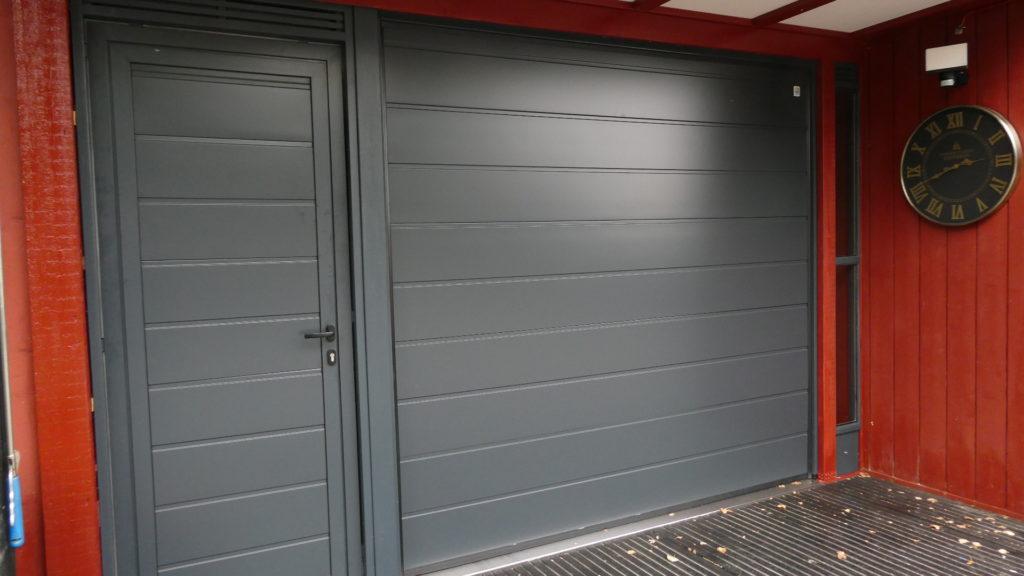 Garasjeport fra Alutech, levert av Stålporter AS